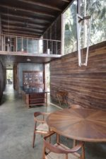 interieur Palmyra House ontworpen door Studio Mumbai Architects