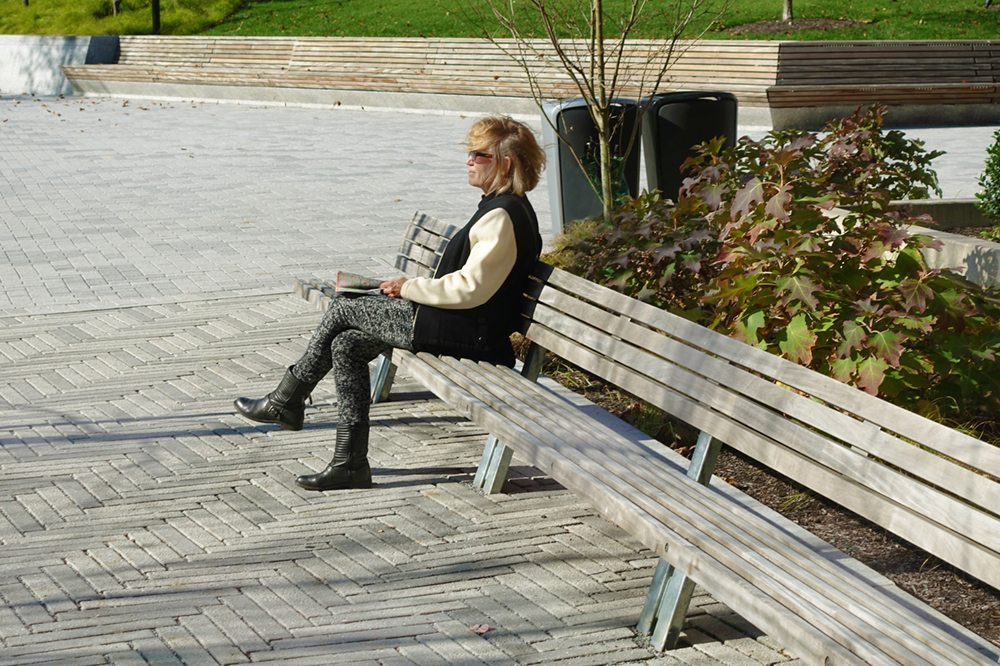 Longlife Benches at Perelman Plaza (Philadelphia) by Streetlife, photo by BarrettDoherty
