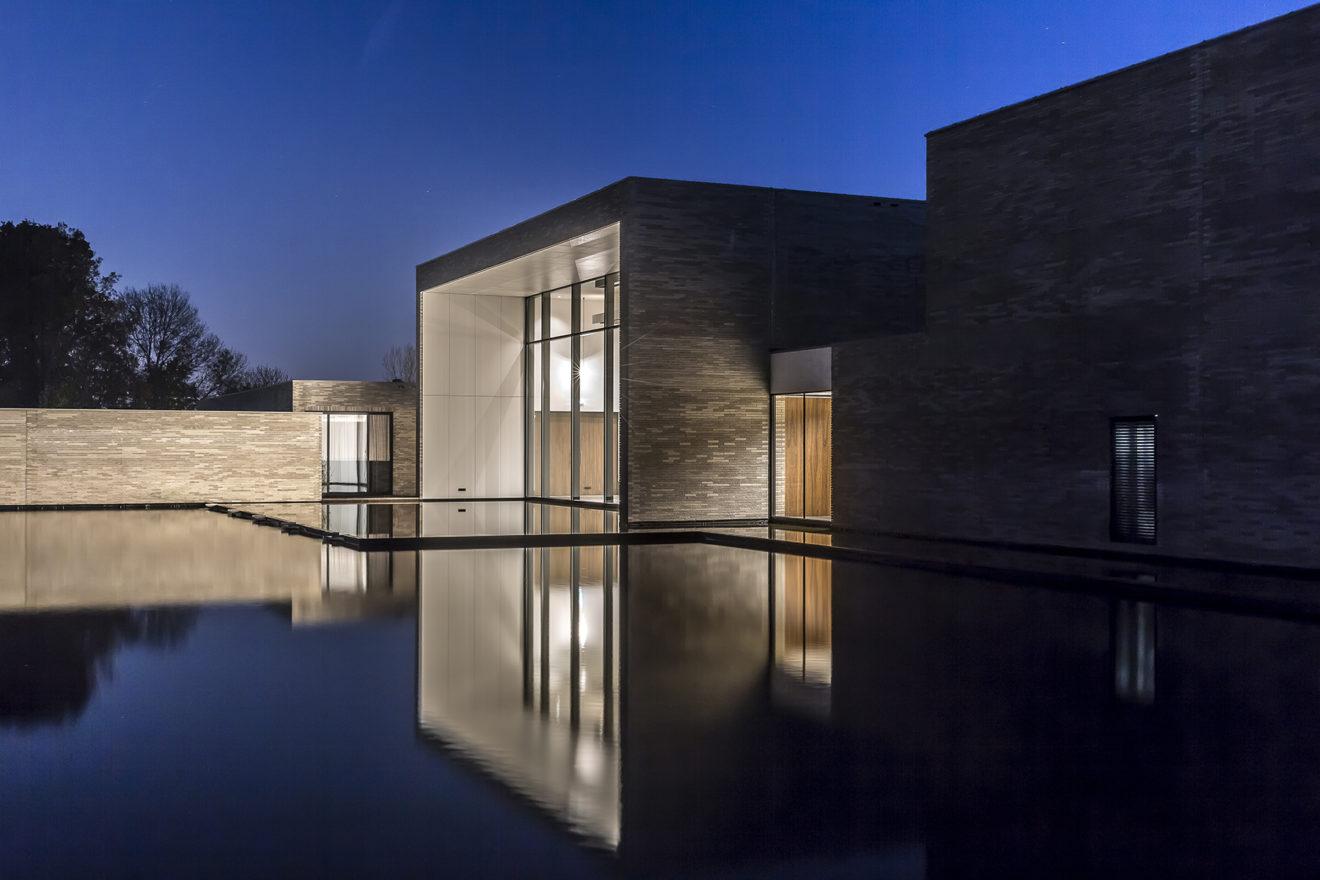 Van Manen modern architect ontwerp crematorium Lisse