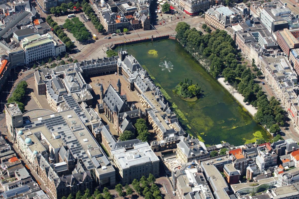 Binnenhof Den Haag vanuit de lucht - 6 juli 2015