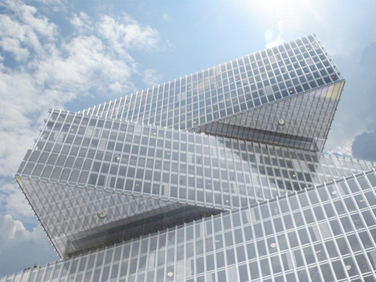 Close up van de gevel van het nhow RAI hotel in Amsterdam ontworpen door OMA