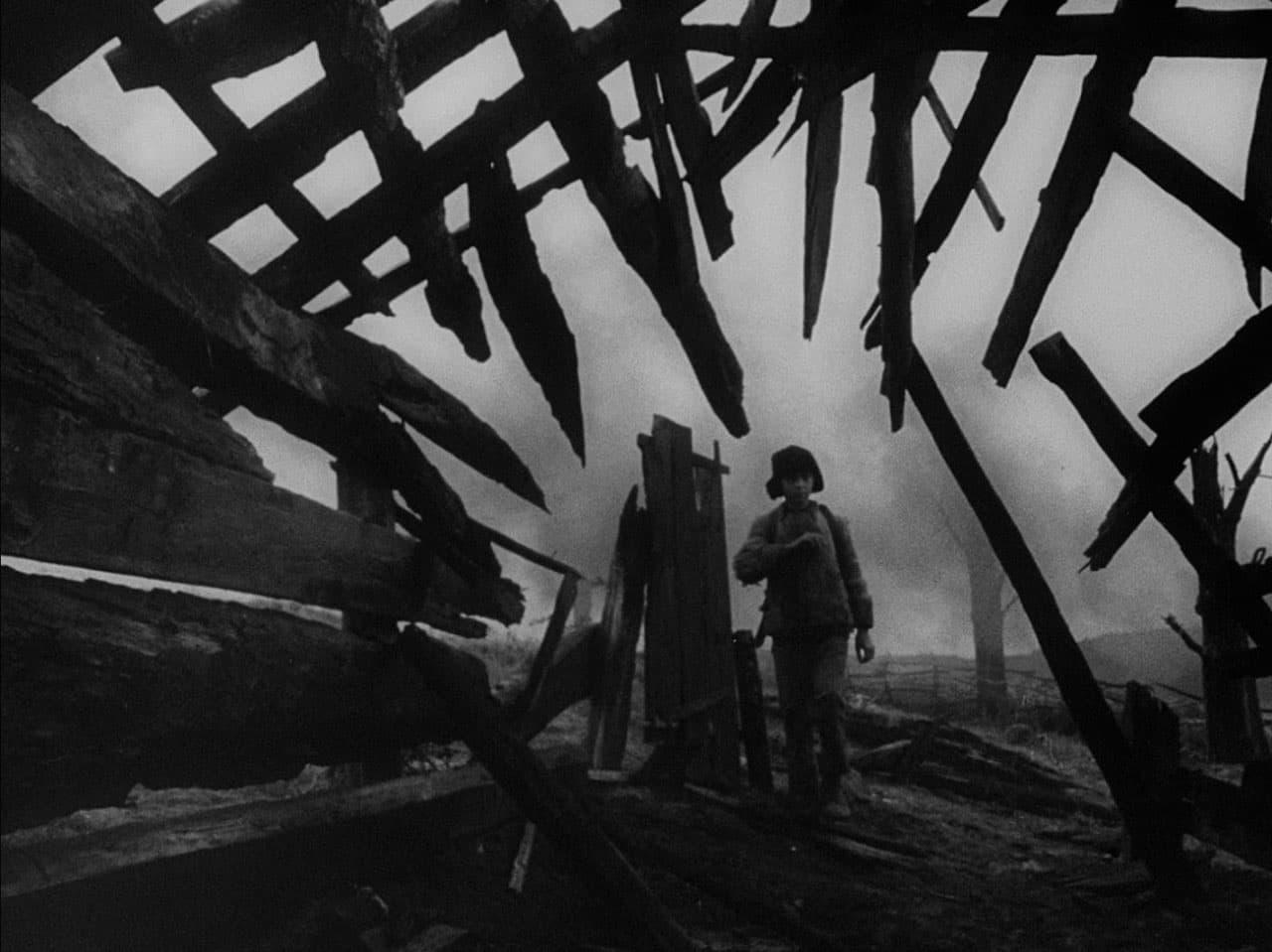 Still uit De jeugd van Ivan (1962)