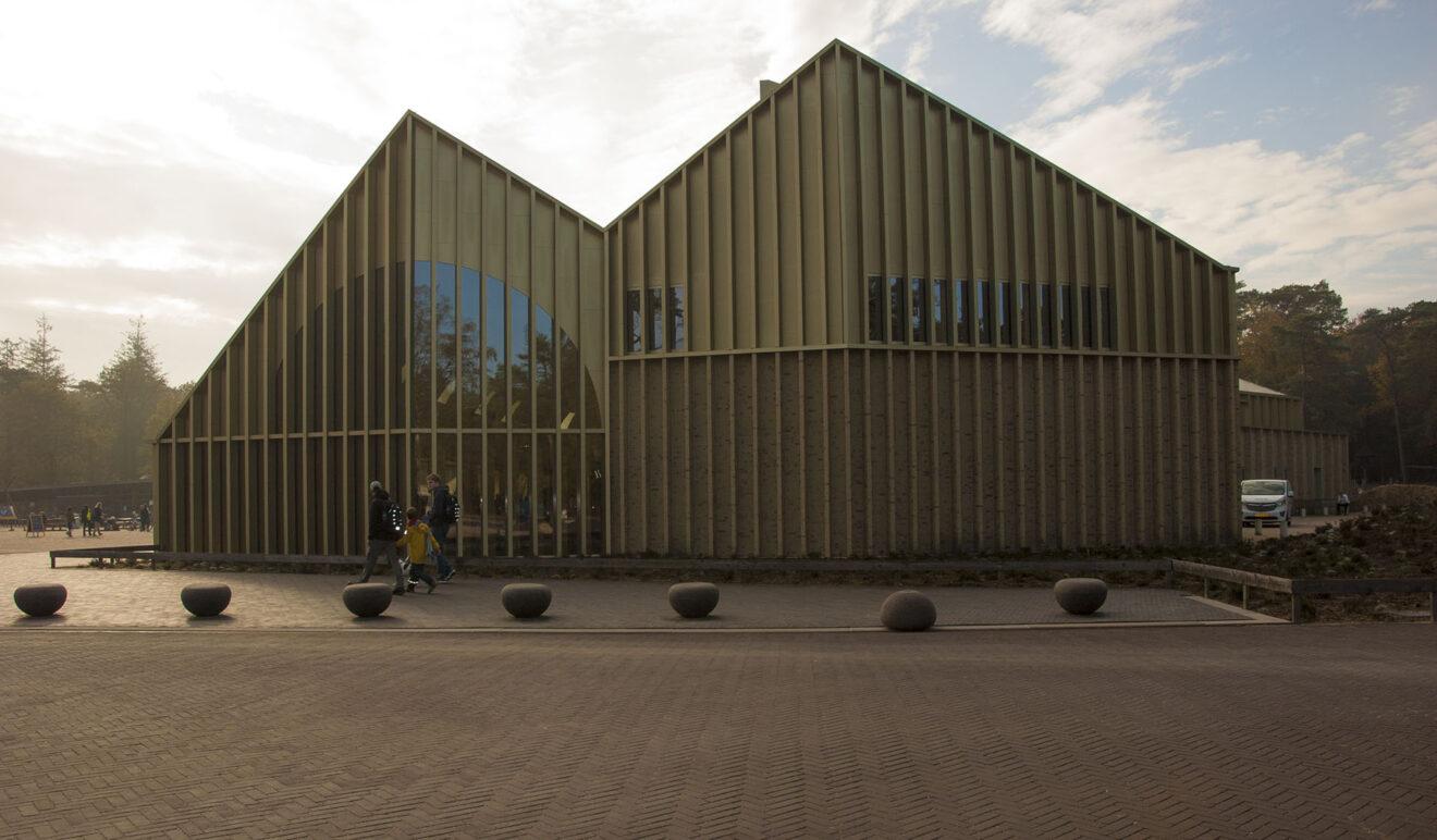 Paviljoen Veluwe, Park De Hoge Veluwe / Monadnock - De Zwarte Hond