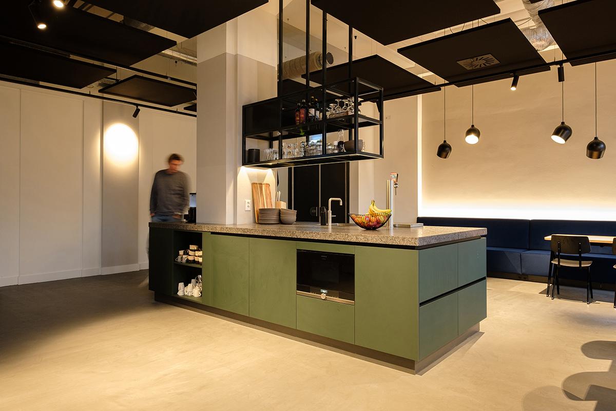 Keukeneiland in hoofdkantoor Pixelpool